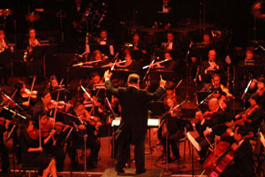 1st Fil-Am Orchestra leads PH Independence Day rites
