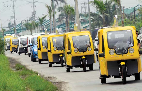 Bacoor grants free green franchises to e-Trikes