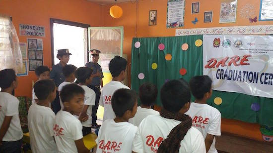 Police serve as teachers in DARE Program