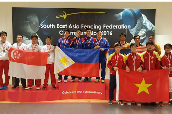 Pinoy fencers win 3 golds, 10 medals in SEA tilt