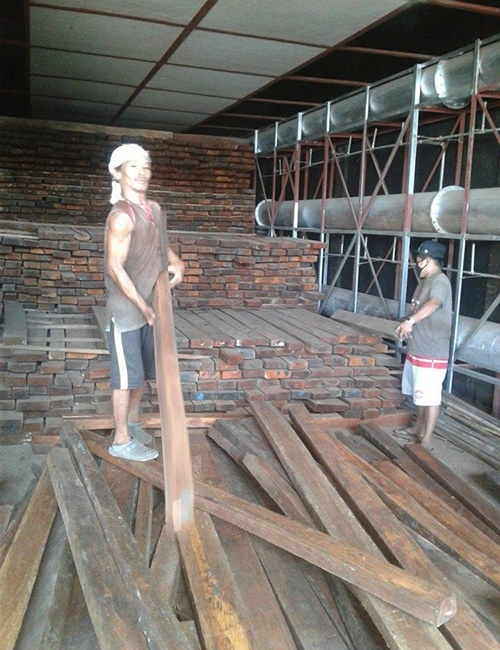 Bohol furniture maker's success credited to local invention