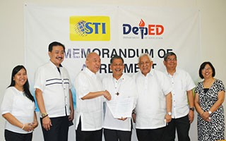 Signing of MoA between DepEd and STI