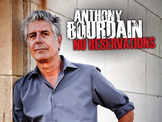 Anthony Bourdain features a slice of Filipino life