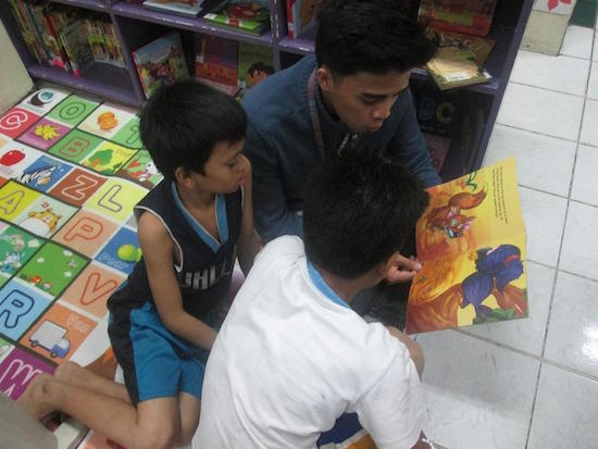 QC Library welcomes street kids