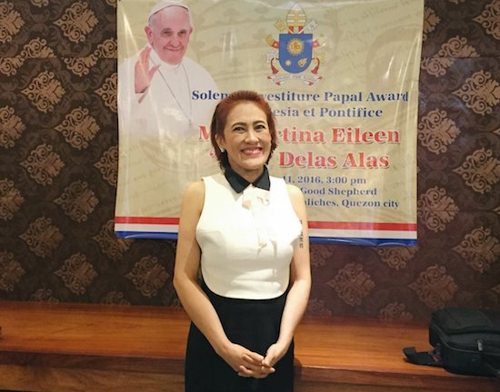 AiAi De Las Alas is Papal awardee for church work