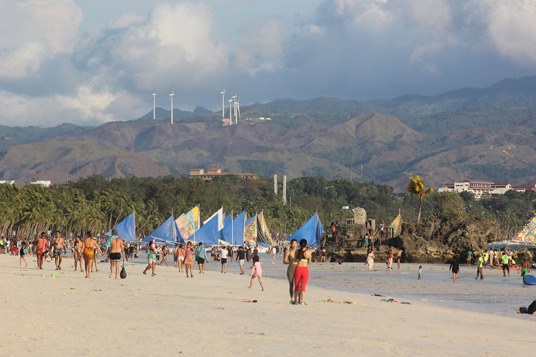 Foreign tourists visited philippines