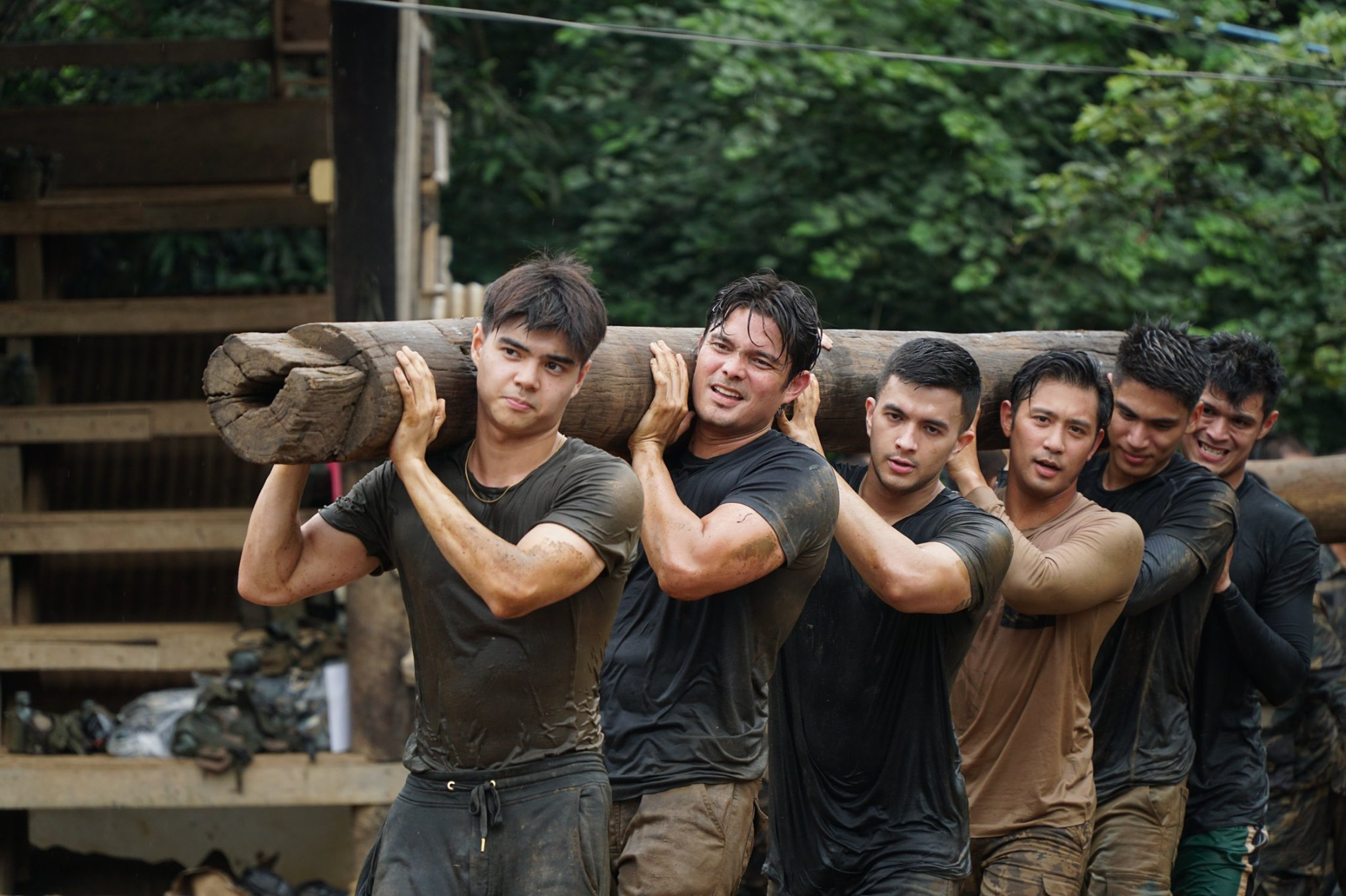 Descendants of the sun Dingdong Dantes