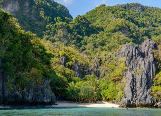 Hidden beach El Nido Philippines