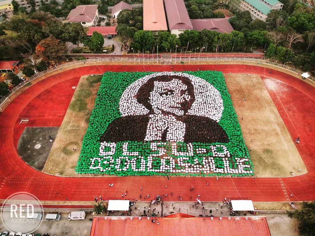 De La Salle umbrella mosaic
