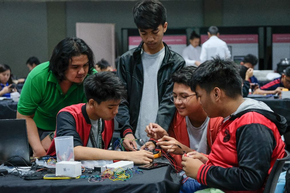 Filipino basketball-inspired robotics