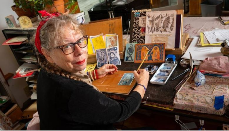 Lynda Barry Reuben Awardee