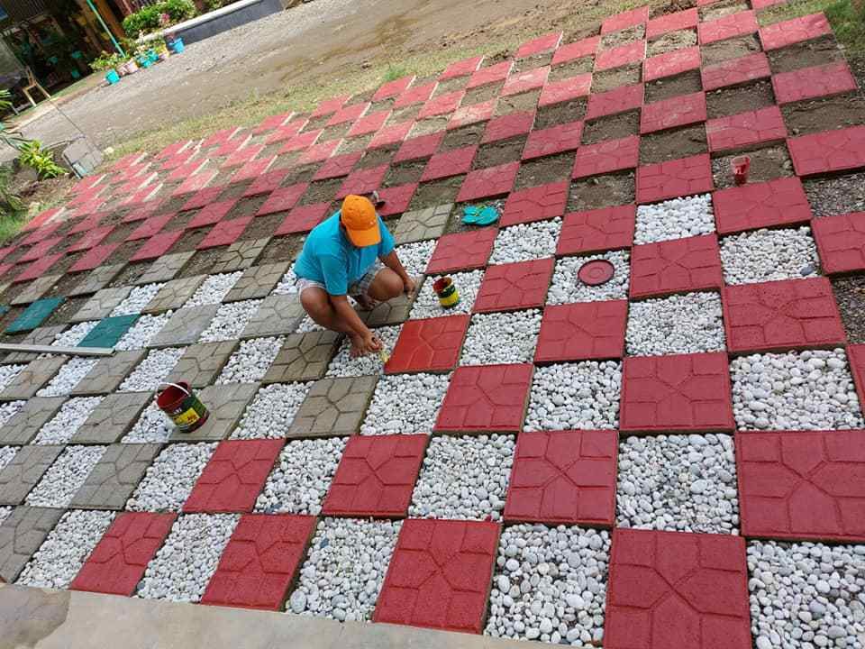 Luzong National High School eco-bricks
