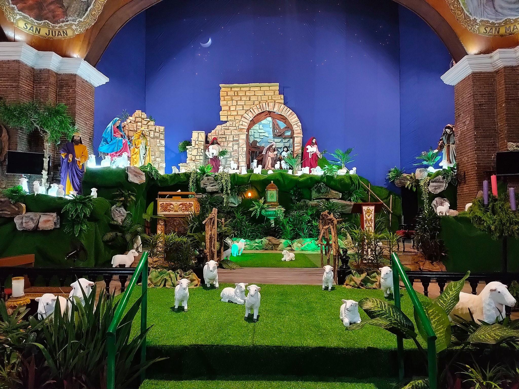 Kawit's Christmas Eve Maytinis Festival