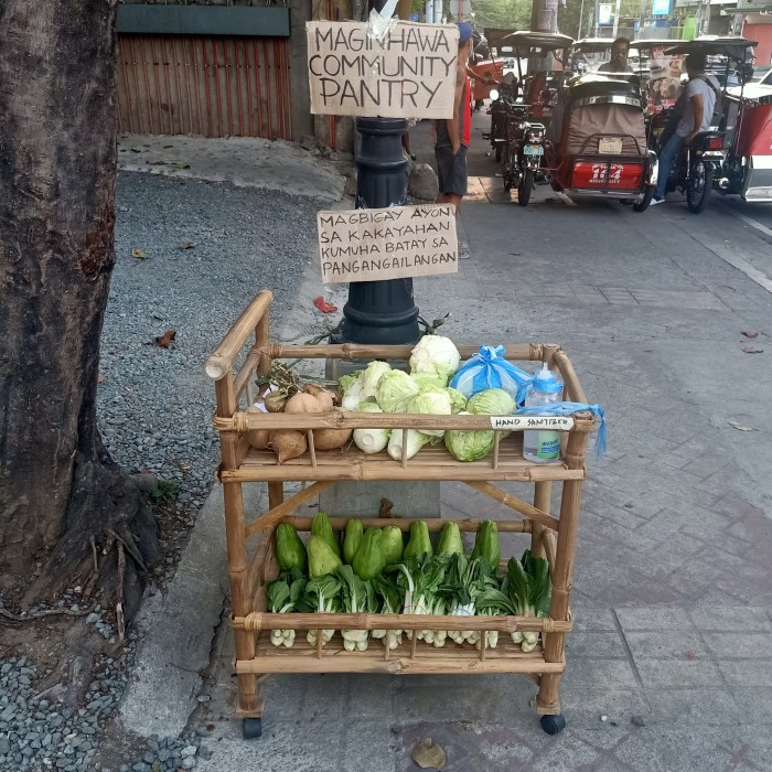 Quezon City resident free food pantry