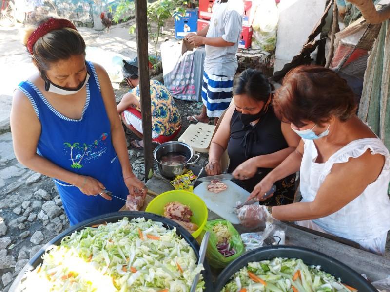 community kitchens feed healthy meals quarantine