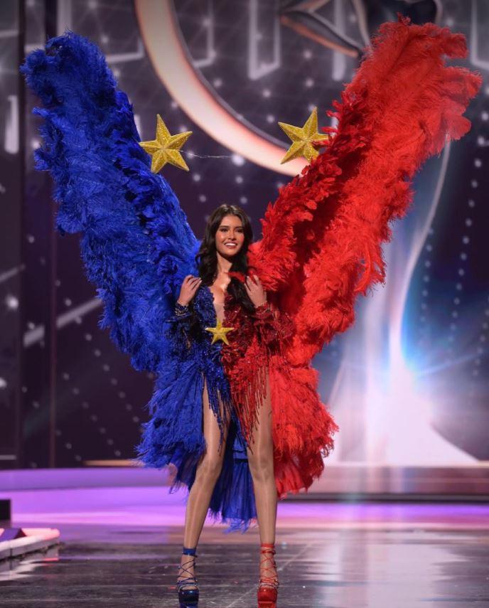 Miss Universe Rabiya Mateo national costume