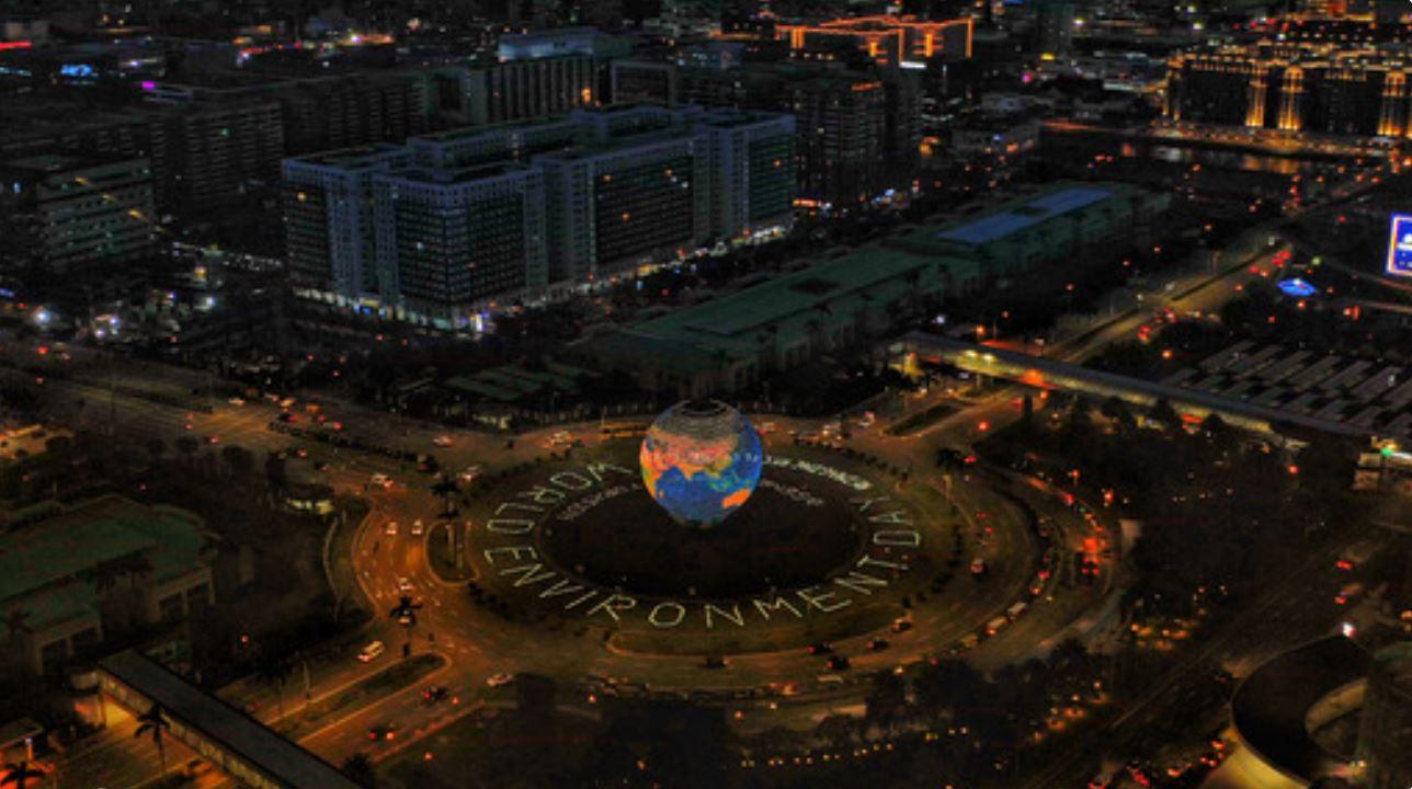 Hand-built giant solar artworks SM MOA Globe