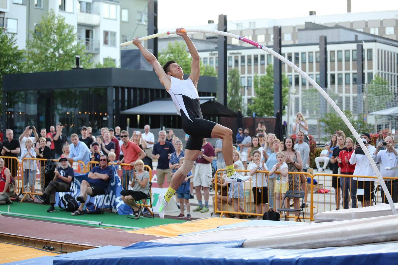EJ Obiena Olympic gold