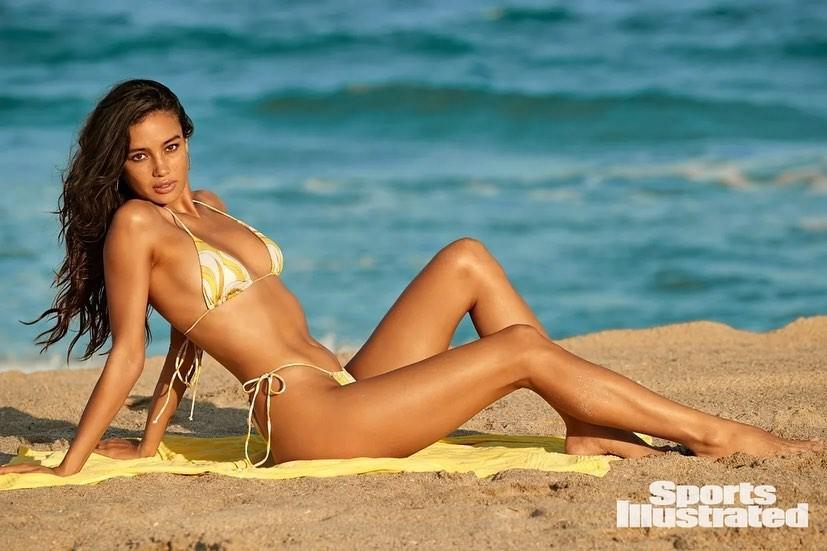 Kelsey Merritt Sports Illustrated