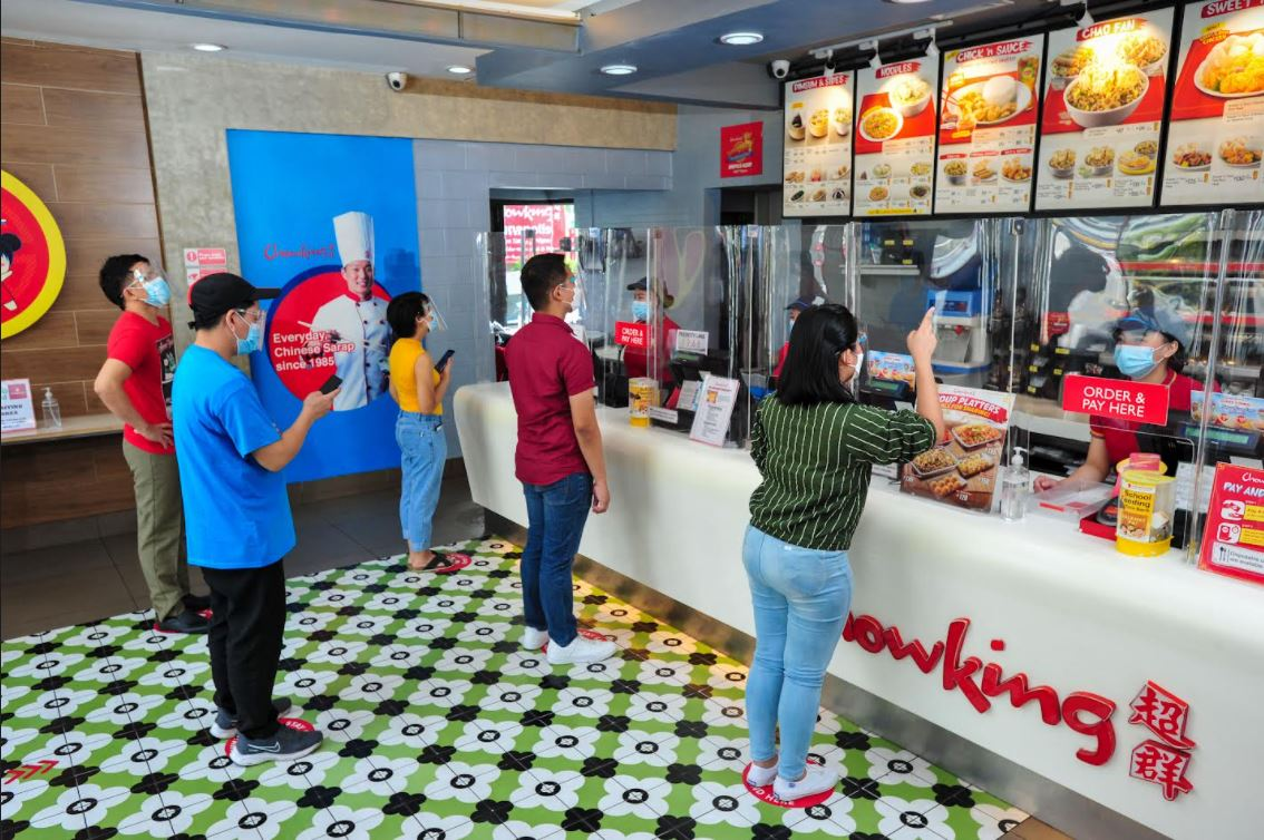 Jollibee Group  vaccinated customers discount
